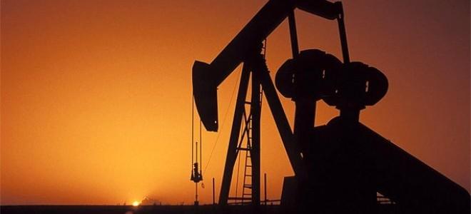 Venezuela, tarihinde ilk kez petrol ithal edecek