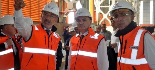 Bakan Özlü: Türk sanayisi için çok önemli adımlar atıyoruz