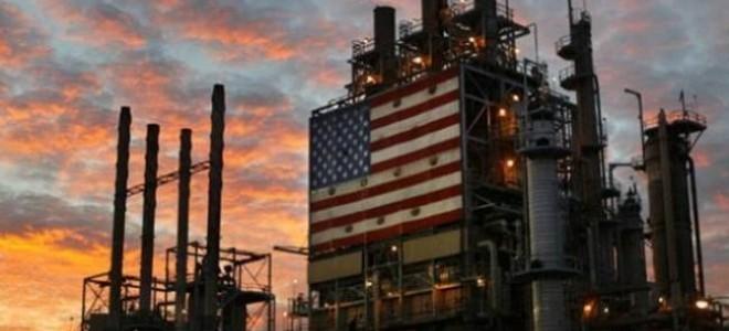 ABD'nin petrol stokları arttı, fiyatlar düştü