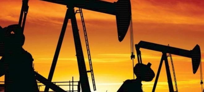 ABD'nin stoklarndaki 9.7 milyon varillik artış petrol fiyatlarını aşağı çekti