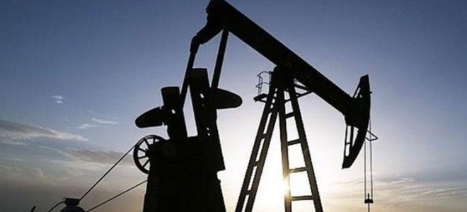 ABD stoklarındaki azalış petrol fiyatlarını yükseltti