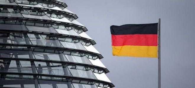 Alman ekonomisi yılın ilk çeyreğinde yüzde 1,7 küçüldü