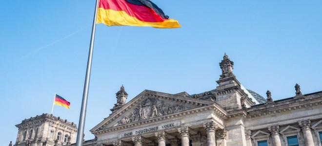 Alman sanayi firmalarının ihracat beklentisi mayısta azaldı