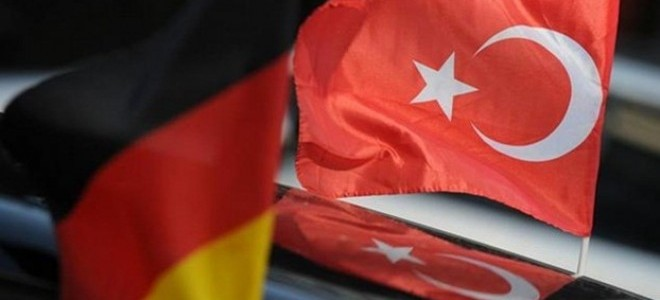 Almanya'da Fabrika Siparişleri Beklenenin 2 Katı Azaldı