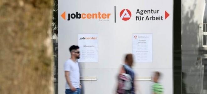 Almanya'da işsizlik ekonomik toparlanmayla ağustosta azaldı