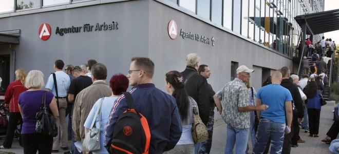 Almanya'da işsizlik nisanda arttı