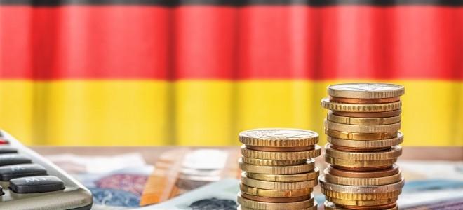 Almanya'da ZEW güven endeksi nisanda düştü