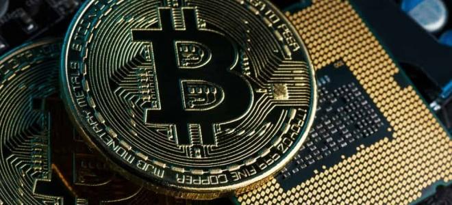 Bitcoin 8,000 doların üzerinde