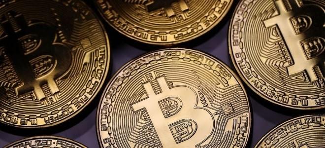 Bitcoin fiyatı 8100 doları geçti