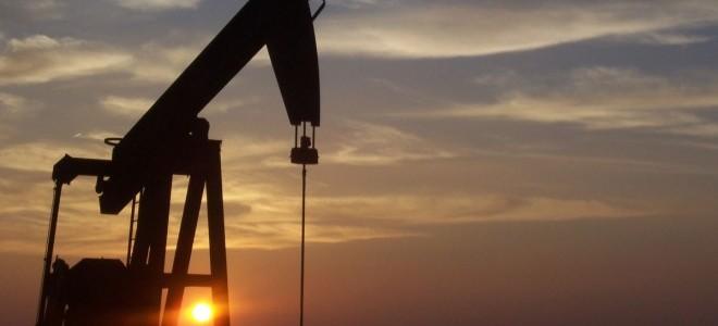 Brent petrolün varil fiyatı 64 dolar sınırında