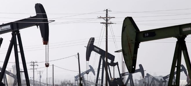 Brent petrolün varil fiyatı 80 dolar sınırında