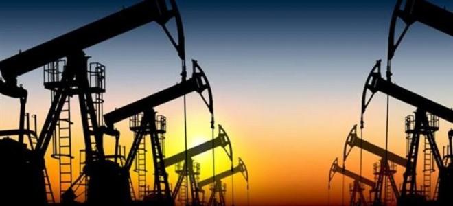Çin perakende satışların düşmesiyle petrol fiyatları geriledi