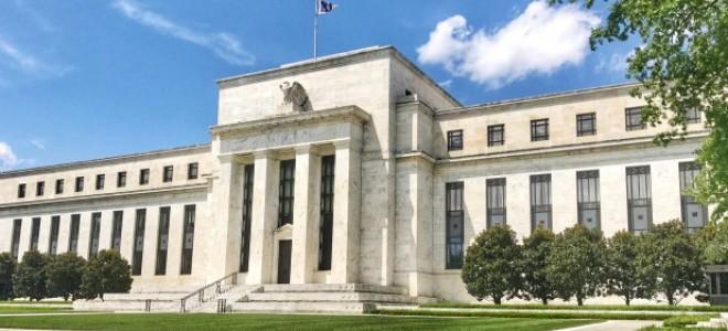 DB: Fed 100 bp indirim yapar, ABD'de büyüme düşer