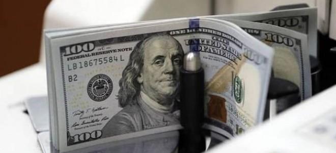 Dolar 3,99'un Altına Geriledi