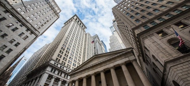 Dolar Dışarda Düşmeye Devam Ediyor, Wall Street Yükselişle Açıldı