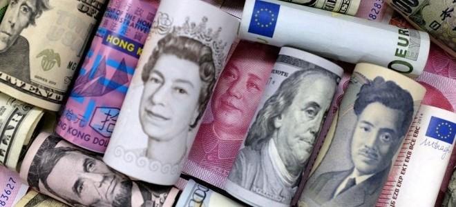 Dolar, euro ve sterlinde düşüş eğilimi