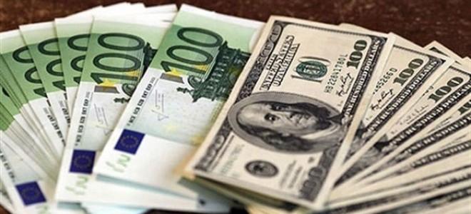 Dolar Yeniden Sınırda, Euro 4,9 Lirada