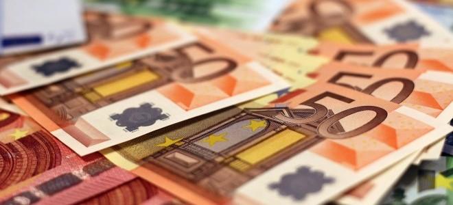 Dolardan sonra Euro/TL'den de tarihi rekor