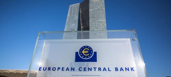 ECB tutanakları: Üyeler faiz oranlarına ilişkin sözle yönlendirmeyi tartıştı