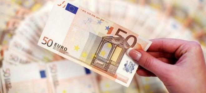 Euro Bölgesi'nin İmalat Satın Alma Müdürleri Endeksi Beklentinin Gerisinde Kaldı