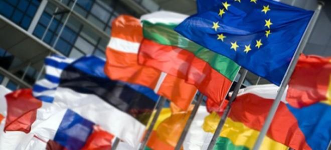 Euro Bölgesi PMİ Verileri Büyümenin Hız Kestiğine İşaret Etti