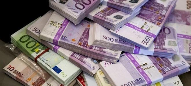 Euro kritik eşiğin üzerinde