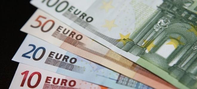 Euro Rekor Tazeledi, Dolar 3.90 Liranın Üzerine Çıktı