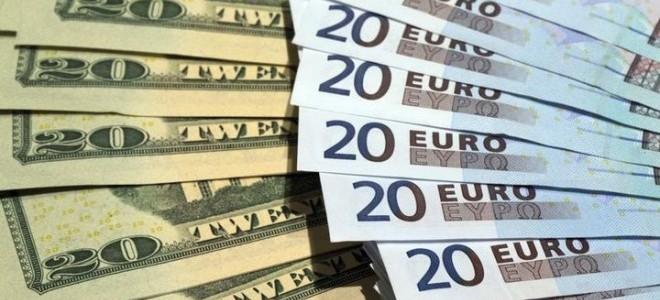 Euro ve Dolar Sert Düştü!