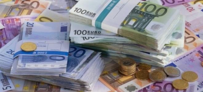 Euro Haftaya Zirvede Başladı!