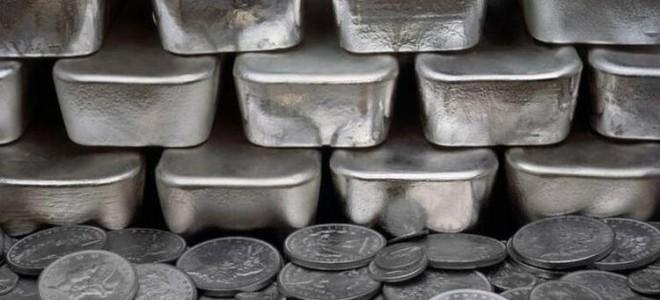 Gümüş fiyatları ticaret savaşı endişeleriyle beş ayın zirvesinde