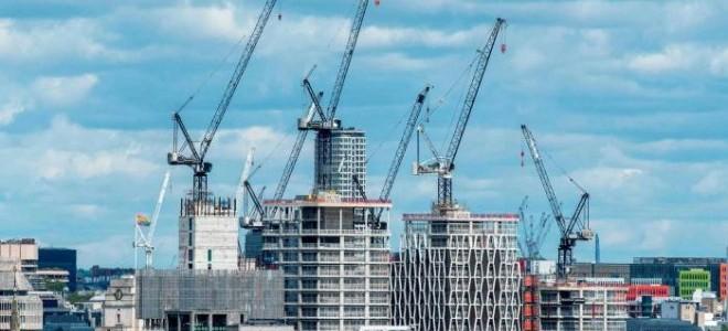 İngiltere'de inşaat sektörü PMI martta beklentiyi aşarak 61,7'ye yükseldi