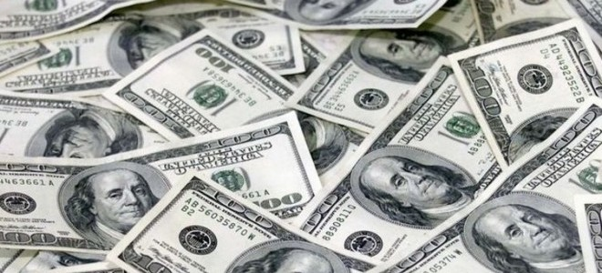 Küresel Piyasalarda Düşen Dolar, İçeride Yükseliyor