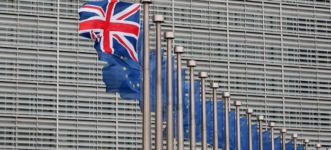 May Brexit'i Ocak ortasında yeniden parlamentoya getirecek
