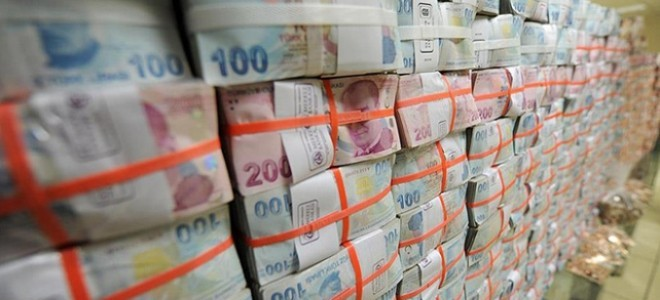 Merkezi yönetim bütçesi Ağustos'ta 576 milyon lira fazla verdi