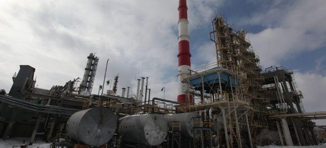 OPEC+ ülkeleri üretim kesintilerini 1 ay daha uzatma kararı aldı