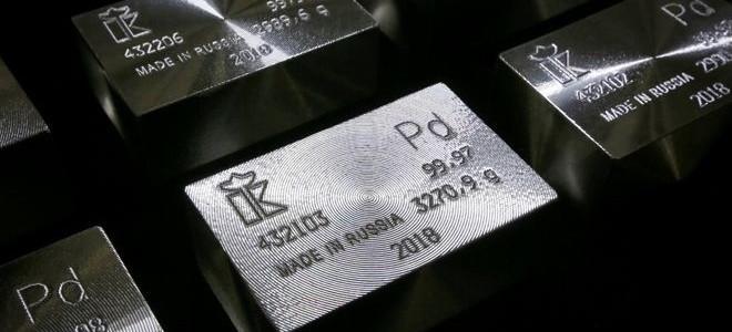 Paladyum yüzde 1.0'den çok düştü, altın 1,300 doların altında