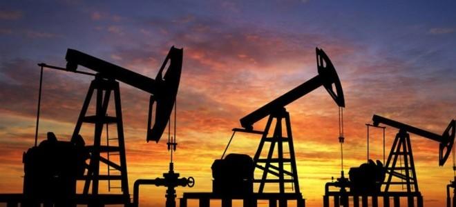Petrol ABD Stoklarındaki Artışla 70 Doların Altında