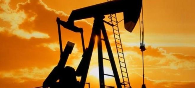 Petrol fiyatları arz artışı beklentisiyle düştü