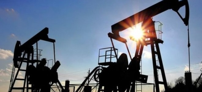 Petrol fiyatları OPEC toplantısı öncesi yükseldi