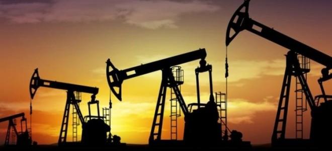 Petrol fiyatları ticaret toplantıları endişeleriyle düştü