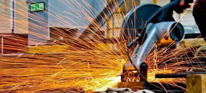 Sanayi üretimi Eylül'de beklentiyi aştı