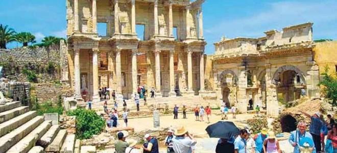 Turizmciler istihdama çözüm bekliyor