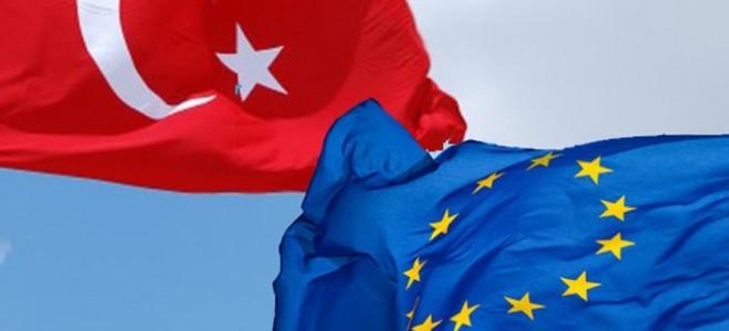'Türkiye'yi AB'ye Yakınlaştıracak Adımlar Atılmalı'