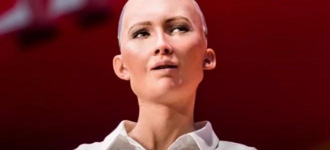 Yapı Kredi'nin Yeni Reklam Yüzü Humanoid Robot Sofia Oldu